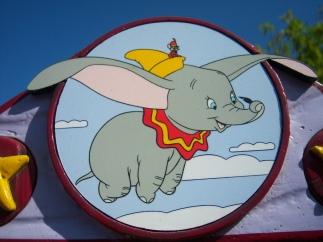 Dumbo (1).jpg